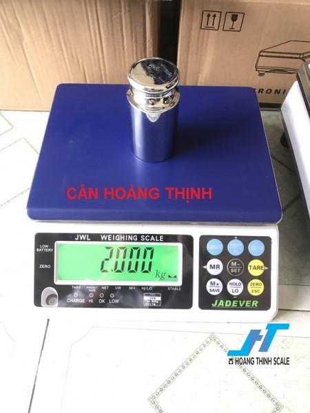 Cân điện tử JWL 30kg được Cân Hoàng Thịnh cung cấp hàng chính hãng chất lượng cao, giao hàng miễn phí tận nơi. Liên hệ 0966.105.408 để được giảm giá ngay 10%
