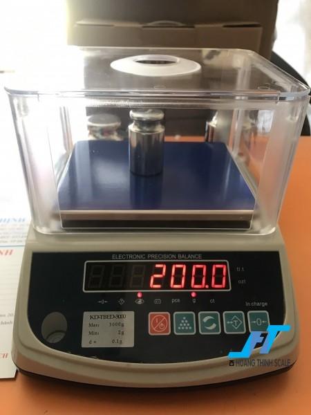 Cân điện tử kỹ thuật KD TBED 3000g là mẫu cân được sử dụng trong phòng thí nghiệm, cân trọng lượng các mẫu vật nhỏ