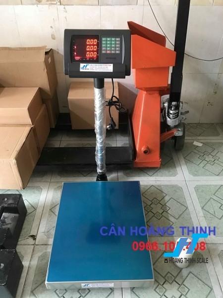 Cân bàn điện tử tính giá A15 60kg cân chuyên dùng cho cân siêu thị bán hàng được Cân Hoàng Thịnh cung cấp chính hãng chất lượng. Liên hệ 0966.105.408 để được giảm giá ngay 10%