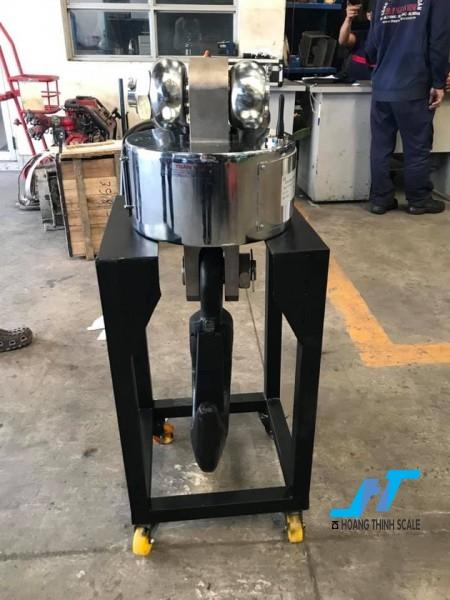 Cân treo điện tử WIRELESS 20 tấn được Cân Hoàng Thịnh cung cấp cho ngành sắt thép công nghiệp nặng, với tiêu chuẩn an toàn chất lượng cao. Liên hệ 0966.105.408 để được giảm giá 10%
