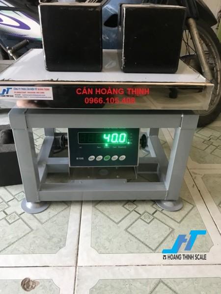 Cân điện tử ghế ngồi AMCELL 150kg là mẫu cân điện tử dạng ghế 150kg được Cân Hoàng Thịnh cung cấp chất lượng cao, giao hàng miễn phí. Liên hệ 0966.105.408 để được giảm giá 10%