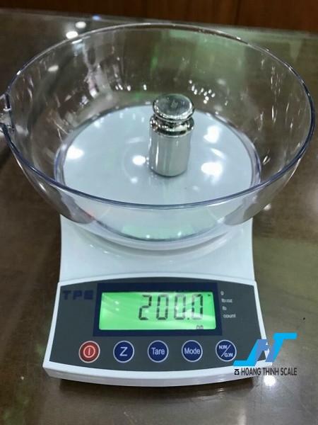 Cân điện tử  VMC FRJ 5kg là mẫu cân điện tử cân trọng lượng, cân nông sản, cân dùng trong nhà bếp để cân các loại vật nhỏ