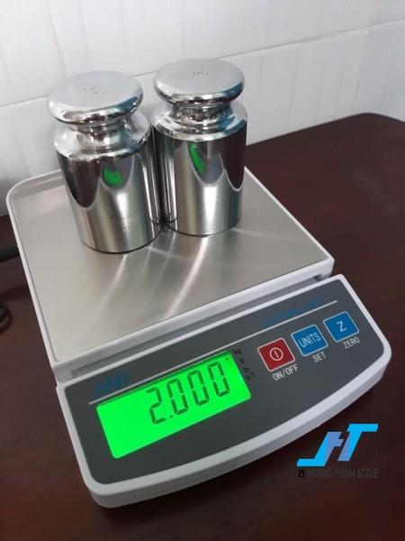 Cân điện tử VMC FEJ 5kg là cân dùng trong quy mô nhà bếp là hoàn hảo để xác định thành phần nấu ăn, hoặc đo lường kích thước phần cho chất dinh dưỡng.