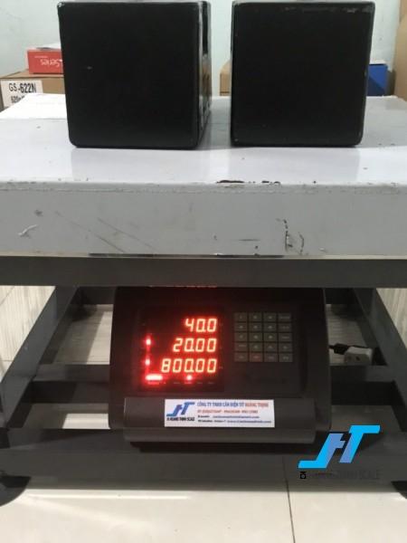 Cân điện tử ghế ngồi A15 100kg là mẫu cân điện tử dạng ghế 100kg được Cân Hoàng Thịnh cung cấp chất lượng cao, giao hàng miễn phí. Liên hệ 0966.105.408 để được giảm giá 10%