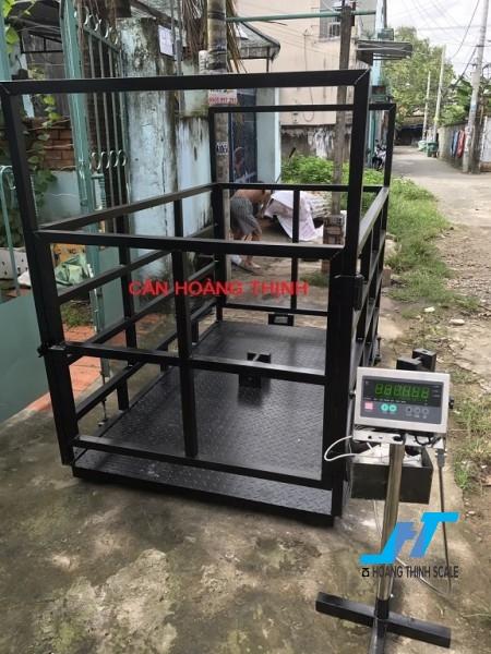 Cân sàn bò điện tử DI28SS 1 tấn là cân công nghiệp chuyên dùng cho cân gia súc trâu bò các loại