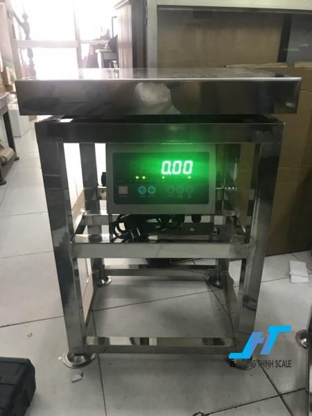 Cân điện tử ghế thủy sản 200kg là cân chuyên dùng cho cân thủy hải sản được Cân Hoàng Thịnh cung cấp hàng chất lượng cao. Liên hệ 0966.105.408 giảm giá ngay 10%