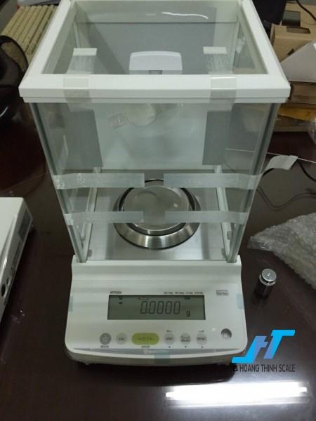 Cân điện tử phân tích ATY224 Shimadzu 220g là mẫu cân phân tích, dùng trong phòng thí nghiệm hoặc cân ngành vàng