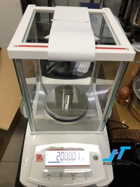Cân điện tử phân tích Ohaus PX 520g - 0.001g được thiết kế cho các công việc phân tích trọng lượng cơ bản trong phòng thí nghiệm, được thiết kế dành riêng cho cân ngành vàng