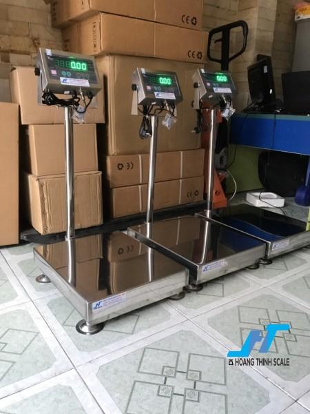 Cân bàn điện tử thủy sản inox di28ss 500kg là cân chuyên dùng cho cân thủy hải sản được Cân Hoàng Thịnh cung cấp hàng chất lượng cao. Liên hệ 0966.105.408 giảm giá ngay 10%