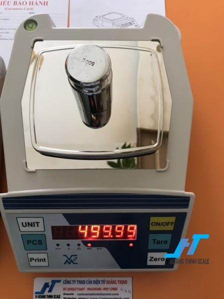 Cân điện tử kỹ thuật VMC FHB 600g là dòng cân kỹ thuật được sử dụng trong phòng thí nghiệm, dùng để cân đo đong đếm các mẫu vật nhỏ