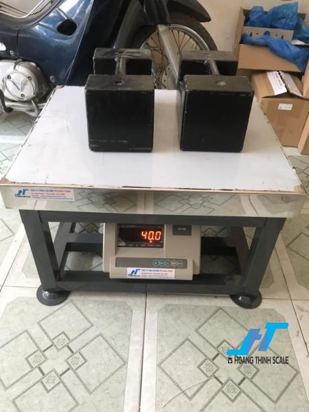 Cân điện tử ghế ngồi A12E 200kg là mẫu cân điện tử dạng ghế 200kg được Cân Hoàng Thịnh cung cấp chất lượng cao, giao hàng miễn phí. Liên hệ 0966.105.408 để được giảm giá 10%