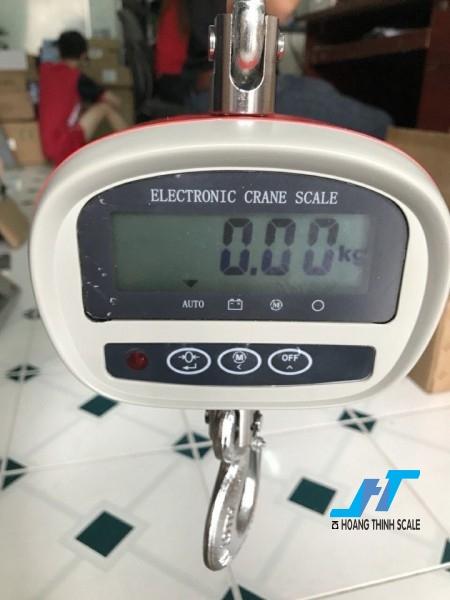 Cân treo điện tử OCS 300kg được Cân Hoàng Thịnh cung cấp cho ngành sắt thép công nghiệp nặng, với tiêu chuẩn an toàn chất lượng cao. Liên hệ 0966.105.408 để được giảm giá 10%