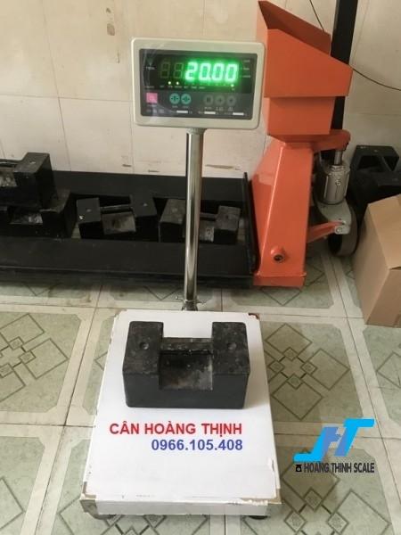 Cân bàn điện tử DI30 60kg được Cân Hoàng Thịnh cung cấp, cân chính hãng chất lượng cao, giao hàng miễn phí tận nơi. Liên hệ 0966.105.408 để được giảm giá ngay 10%