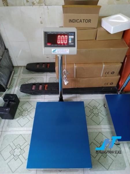 Cân bàn điện tử TPS DH 150kg được Cân Hoàng Thịnh cung cấp, cân chính hãng chất lượng cao, giao hàng miễn phí tận nơi. Liên hệ 0966.105.408 để được giảm giá ngay 10%