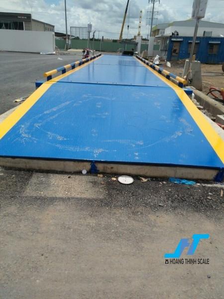 Lắp đặt trạm cân ô tô 80 tấn loại 3m x 18m và 3m x 12m dòng cân công nghiệp được Cân Hoàng Thịnh thiết kế theo tiêu chuẩn OILM, báo giá cân điện tử 80 tấn gọi 0966.105.408