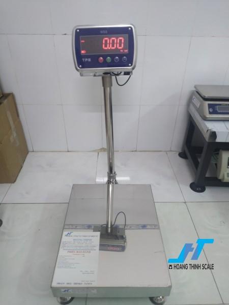 Cân bàn điện tử thủy sản WSS 60kg là cân chuyên dùng cho cân thủy hải sản được Cân Hoàng Thịnh cung cấp hàng chất lượng cao. Liên hệ 0966.105.408 giảm giá ngay 10%