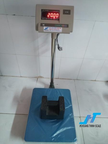 Cân bàn điện tử A12 60kg được Cân Hoàng Thịnh cung cấp hàng chất lượng cao chính hãng, báo giá cân bàn a12 60kg giá rẻ liên hệ 0966.105.408 để được giảm giá ngay 10%